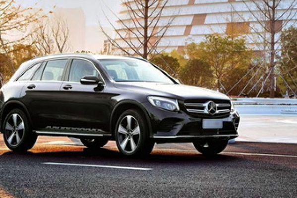 Rent MERCEDES Madrid Airport